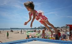 Beach clubs & activities for children